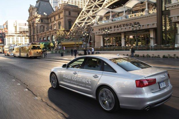 Audi научила свои модели «предвидеть» сигналы светофора
