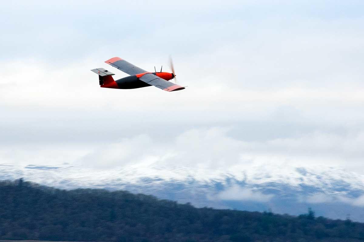 Беспилотный самолет на «твердом водороде» осуществил первый полет