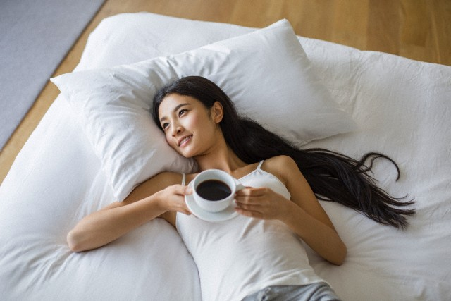 Биологические часы опаздывают из-за кофеина