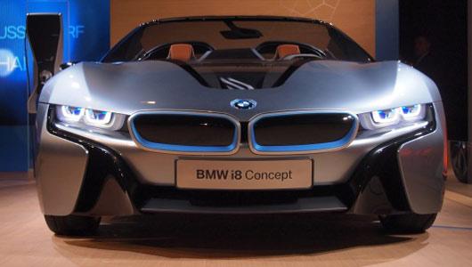 Bmw i8 spyder: экологически чистый суперкар