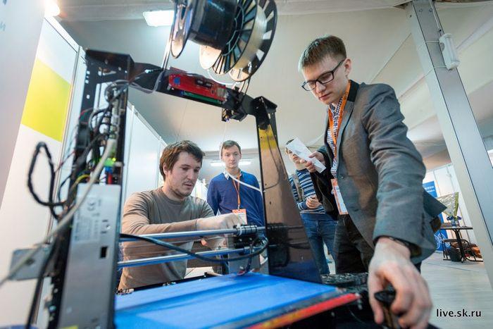 Более 50 югорских школ вошли во всероссийский проект ранней профориентации в области наноиндустрии