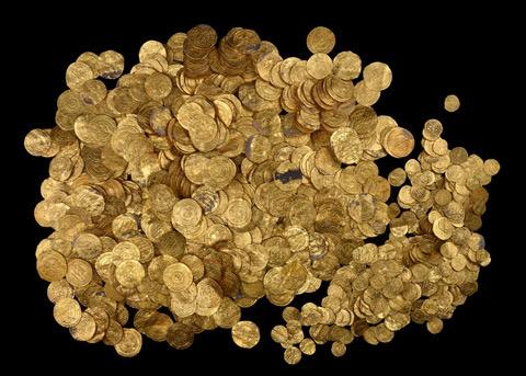 Дайверы нашли крупнейший в израиле клад золотых монет