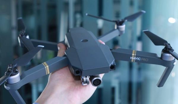 Дрон размером со смартфон: dji mavic pro — компактный дрон со «взрослыми» характеристиками