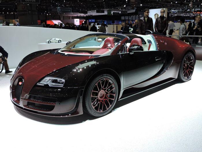 Год быстрых, красивых и дорогих электромобилей