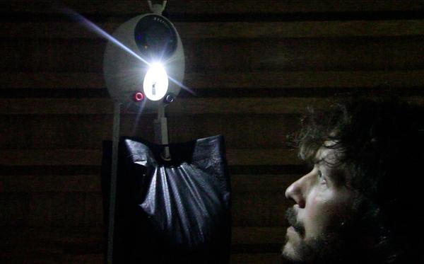 Gravitylight: гравитация подарит свет развивающимся странам