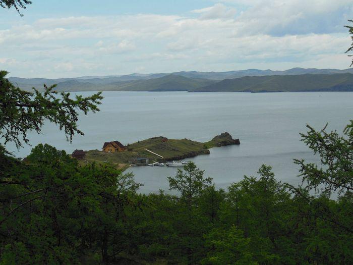 Иркутские ученые получили новые сведения о природе свечения байкальских вод
