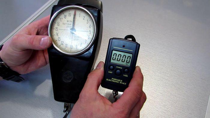 Электронные ручные весы безмен из китая от 20 грам до 40 кг