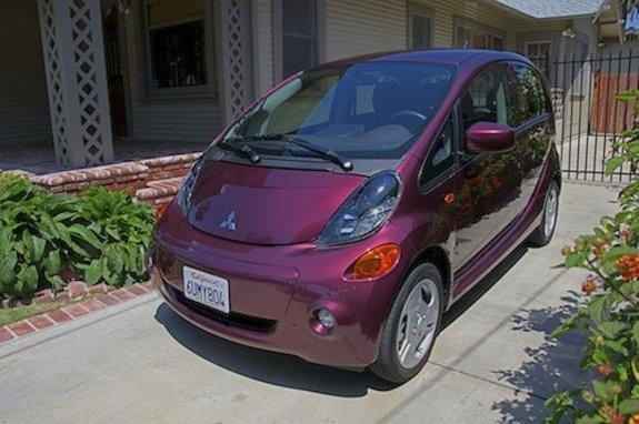 Калифорния стимулирует покупку электромобилей малоимущими американцами