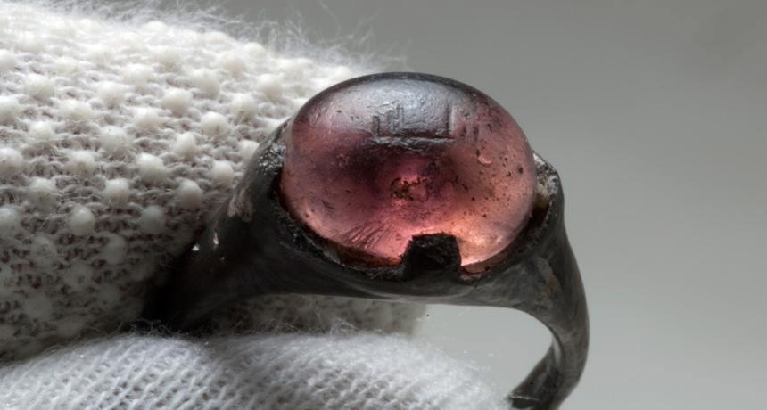 Кольцо с надписью «аллаху» нашли в скандинавской могиле