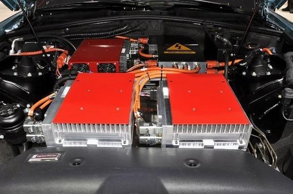 Люксовый электромобиль rolls-royce