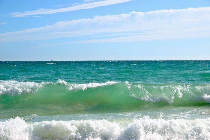 Не бескрайнее синее море