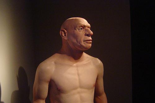 Неандертальцы плохо переносили дым от костров