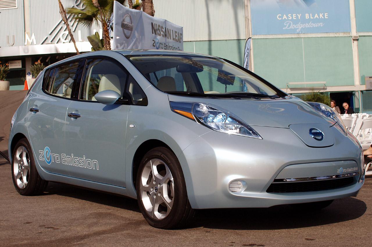 Nissan leaf - лучший электромобиль вашингтонского автошоу