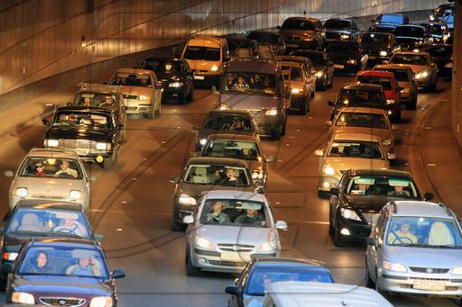 Новая технология компании «ford» для движения в пробках и парковки