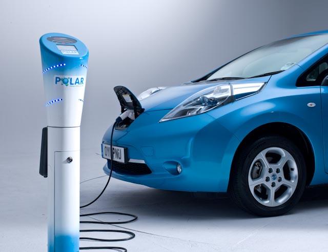 Plug-in электромобили и гибриды: кто победит?