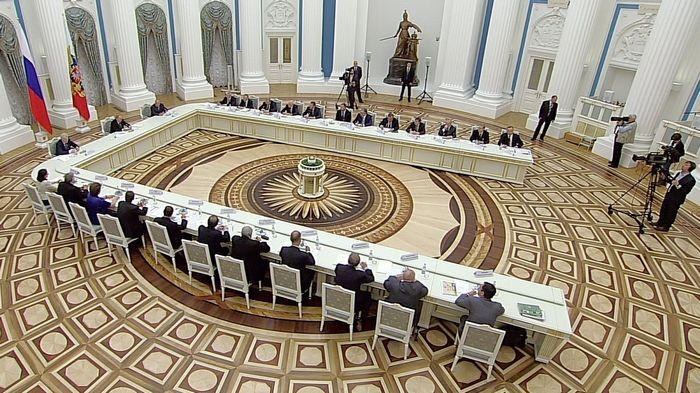 По полной программе. московскому университету выделено пять миллиардов рублей