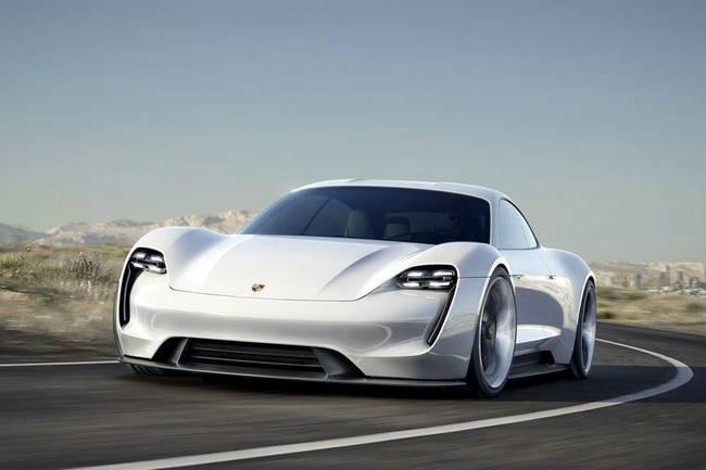 Porsche объявила о старте коммерческого производства первого электромобиля