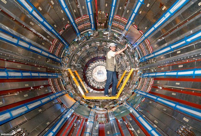 Российские ученые рассказали о запуске коллайдера на рекордной энергии