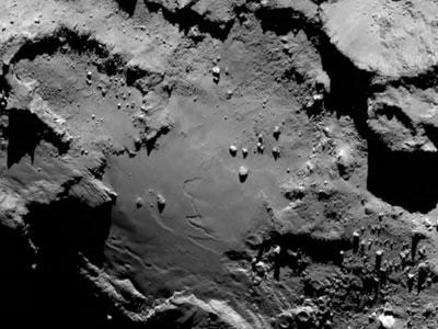 «Розетта»: комета 67p крупным планом и в деталях