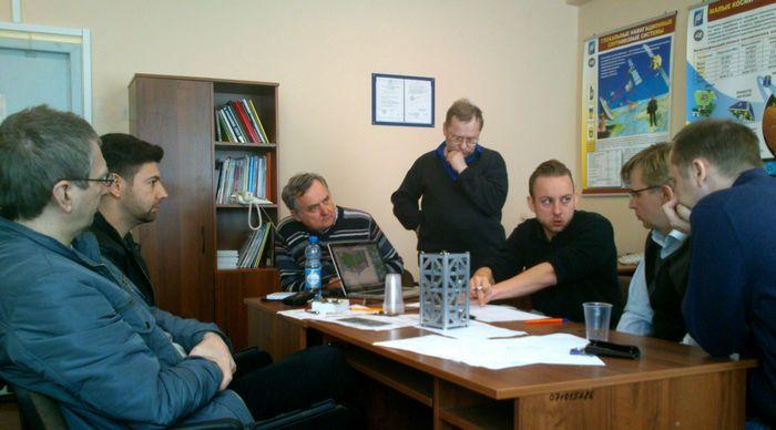 Самарские студенты будут собирать наноспутник