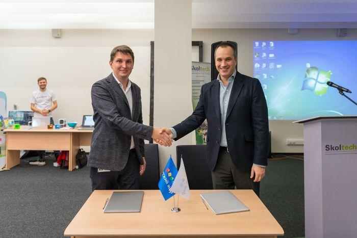 «Сколково» заключил на кубе соглашение о стратегическом партнерстве в биоинформатике