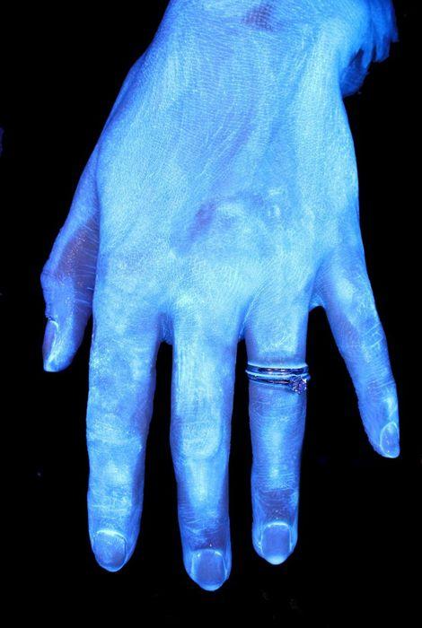 Смотрите иужасайтесь. как насамом деле выглядят ваши руки после мытья