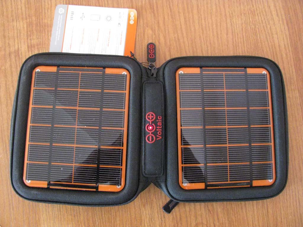 Солнечная зарядка для мобильного - amp voltaic charger. знакомство