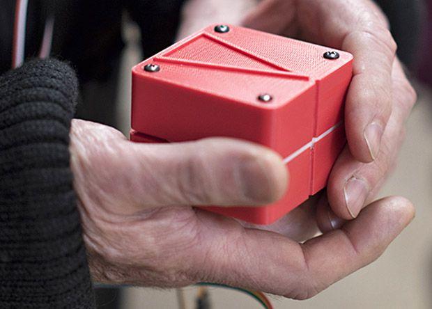 Спектакль «флатландия» вдохновил инженера на создание «гаптического сэндвича» для слепых