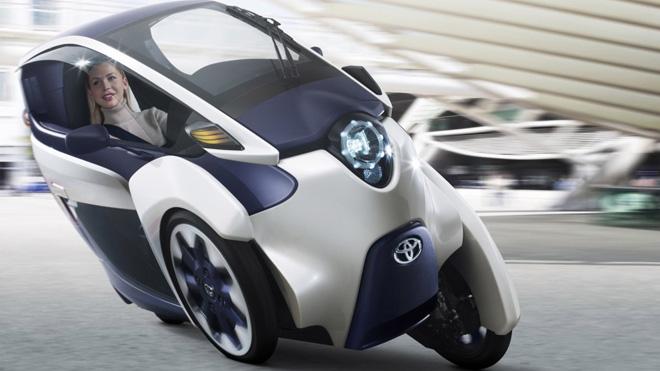 Toyota i-road – городской электромобиль будущего