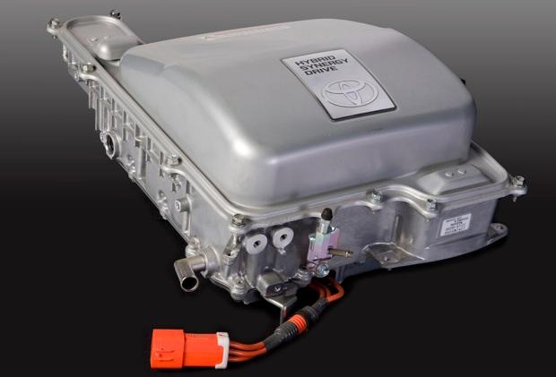 Toyota уладила дело о нарушении патента по гибридным автомобилям