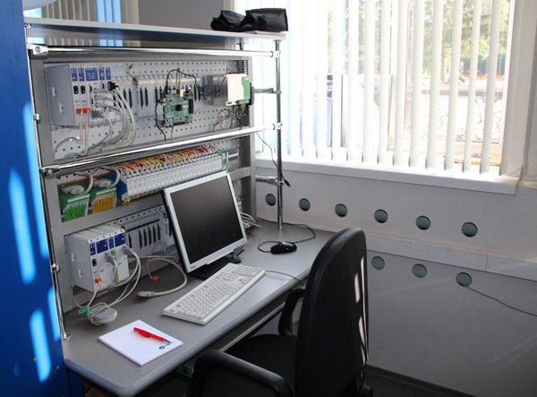 В тусуре состоялось открытие учебной лаборатории xilinx