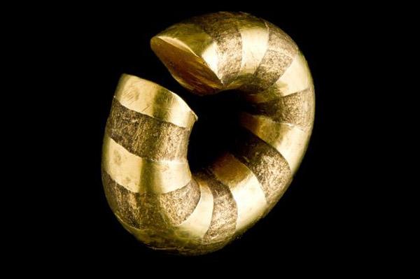 В уэльсе открыли клад бронзового века