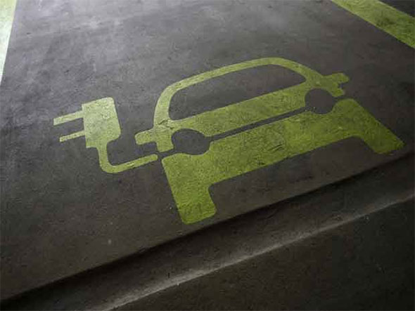 Владельцы электромобилей ежегодно экономят до 1200 долларов